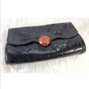 VTG 70's Floral Embossed Leather Envelope Clutch